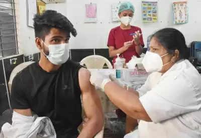 पूजा की छुट्टी के कारण 17 अक्टूबर को मेगा वैक्सीन अभियान नहीं चलाएगा तमिलनाडु