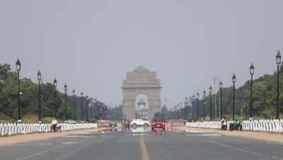 दिल्ली: आसमान साफ, हवा की गुणवत्ता मध्यम