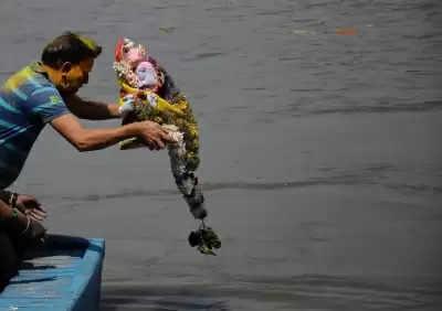 दुर्गा पूजा की मूर्ति का यमुना में विसर्जन प्रतिबंधित :डीपीसीसी