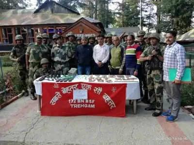 कश्मीर में हथियार, गोला-बारूद का जखीरा बरामद