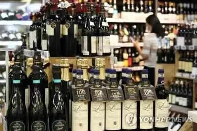 महामारी के बीच 2021 में दक्षिण कोरियाई शराब का आयात लगभग दोगुना हुआ