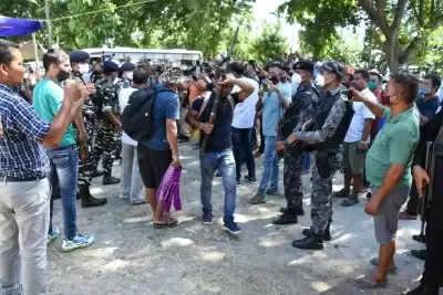 असम में शीर्ष नेताओं समेत 23 बोडो उग्रवादियों ने किया आत्मसमर्पण