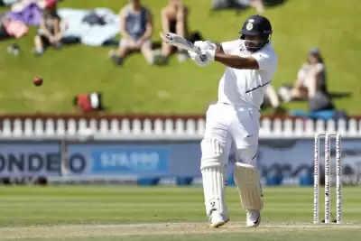 कोविड -19 से उबरने के बाद भारतीय टेस्ट टीम में शामिल हुए पंत