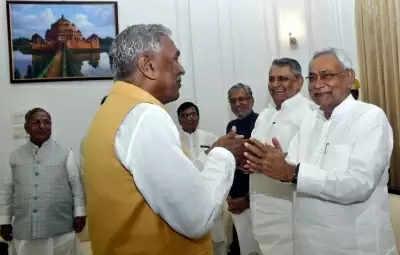 बिहार के राज्यपाल और मुख्यमंत्री ने दी ईद-उल-अजहा की बधाई और शुभकामनाएं