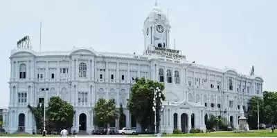 बाजारों, समुद्र तट पर भीड़ ने चेन्नई निगम की चिंता बढ़ाई