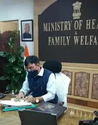 डीएनए वैक्सीन वाला पहला देश होगा भारत : स्वास्थ्य मंत्री