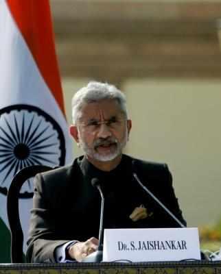 जयराम रमेश ने दूतावासों में ऑक्सीजन की कमी बताई तो जयशंकर ने फटकार लगाई