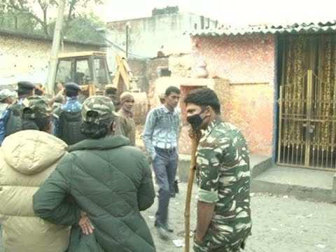 दिल्ली की धारावी कहे जाने वाली कठपुतली कॉलोनी में पहुंची वैक्सीन