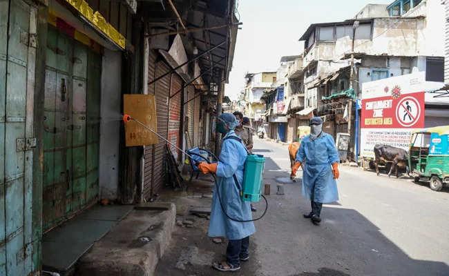 कुछ समय का लॉकडाउन भारत में कोरोना का प्रकोप कम कर सकता है