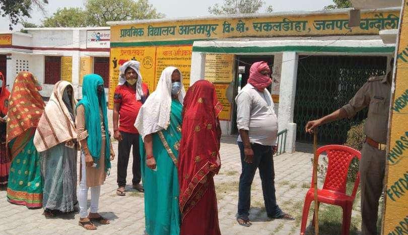आलमपुर व नियामताबाद सेक्टर चार के लिए 44.48 फीसद हुआ मतदान, सुरक्षा के रहे कड़े इंतजाम