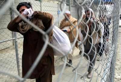 अफगानिस्तान, ईरान से पैदल यात्रियों के प्रवेश पर पाकिस्तान ने लगाई रोक