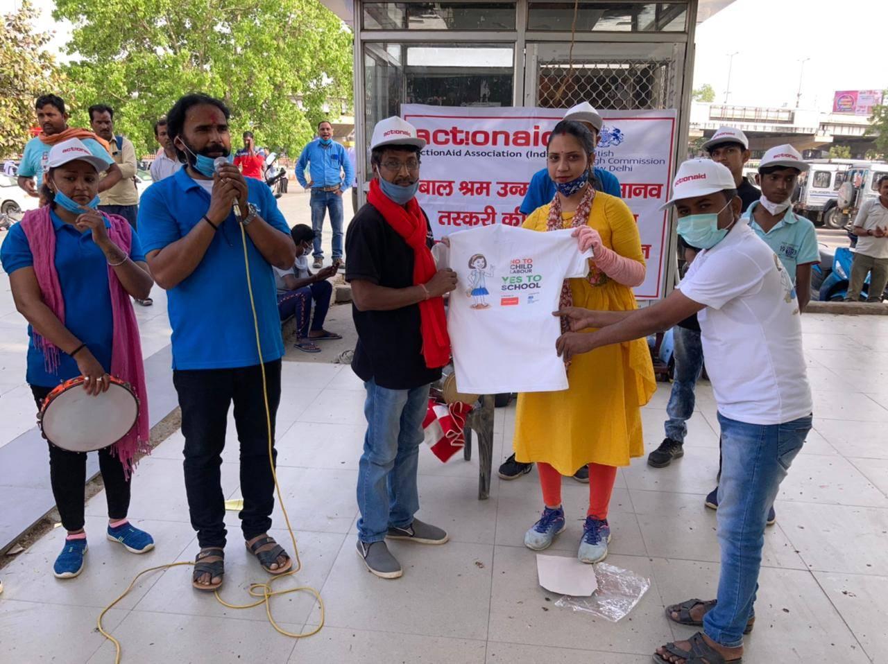एक्शन एड की पहल : नुक्कड़ नाटक का मंचन कर समाज को बाल श्रम पर रोक लगाने का दिया संदेश